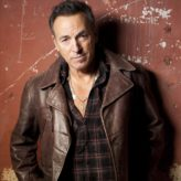 Bruce Springsteen sings a different tune in new book