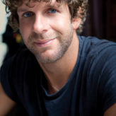 Billy Currington on Low Expectations for New Hit 'Hurt Like It Used To'