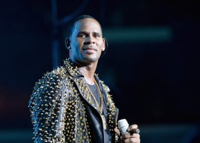 There's Already A Petition To Remove R. Kelly From The Soulquarius Lineup